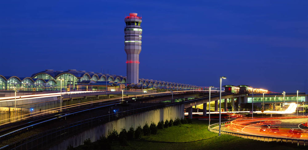 Washington National Airport, Arlington, VA - designed by  Pelli Clarke Pelli Architects / Leo A Daly